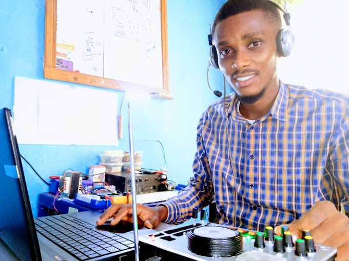 Unical Engineering Student invents an FM radio transmitter
