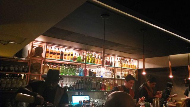 Conheça a HUB Eat & Drink, em Botafogo