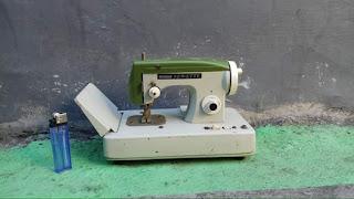 Jual Mainan tintoys mesin jahit