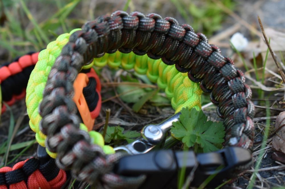 Paracord-Armbänder für den Outdoor-Einsatz*