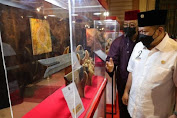 Senator LaNyalla visits the exhibition of artifacts from the Prophet Muhammad SAW