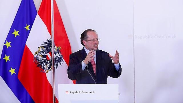 Vasárnaptól Ausztria feloldja az utazási korlátozásokat Spanyolország felé