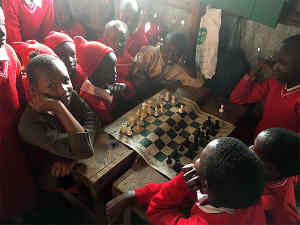 Former un million d'enfants africains aux échecs - Photo © Maurice Ashley