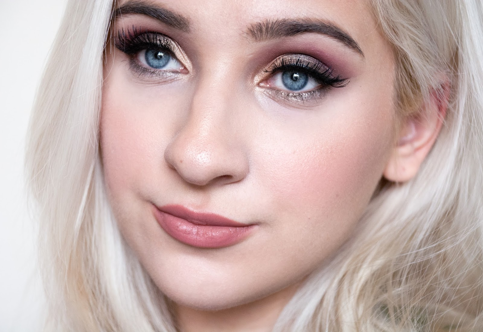 autumn makeup look with sleek enchanted forest