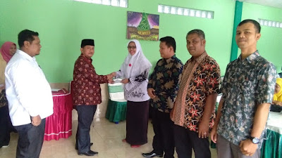 Sebanyak 157 Orang Tenaga Honorer di Kamenag Kota Pariaman Terima THR