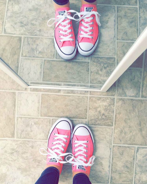 converse, pink converses