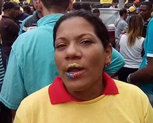 """""""Se te acabó la hora"""", el mensaje de una chavista a Maduro"""