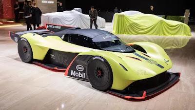 Carshighlight.com - 2020 Aston Martin Valkyrie Review