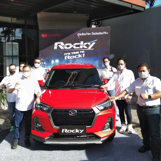 Daihatsu Rocky 1000 cc
