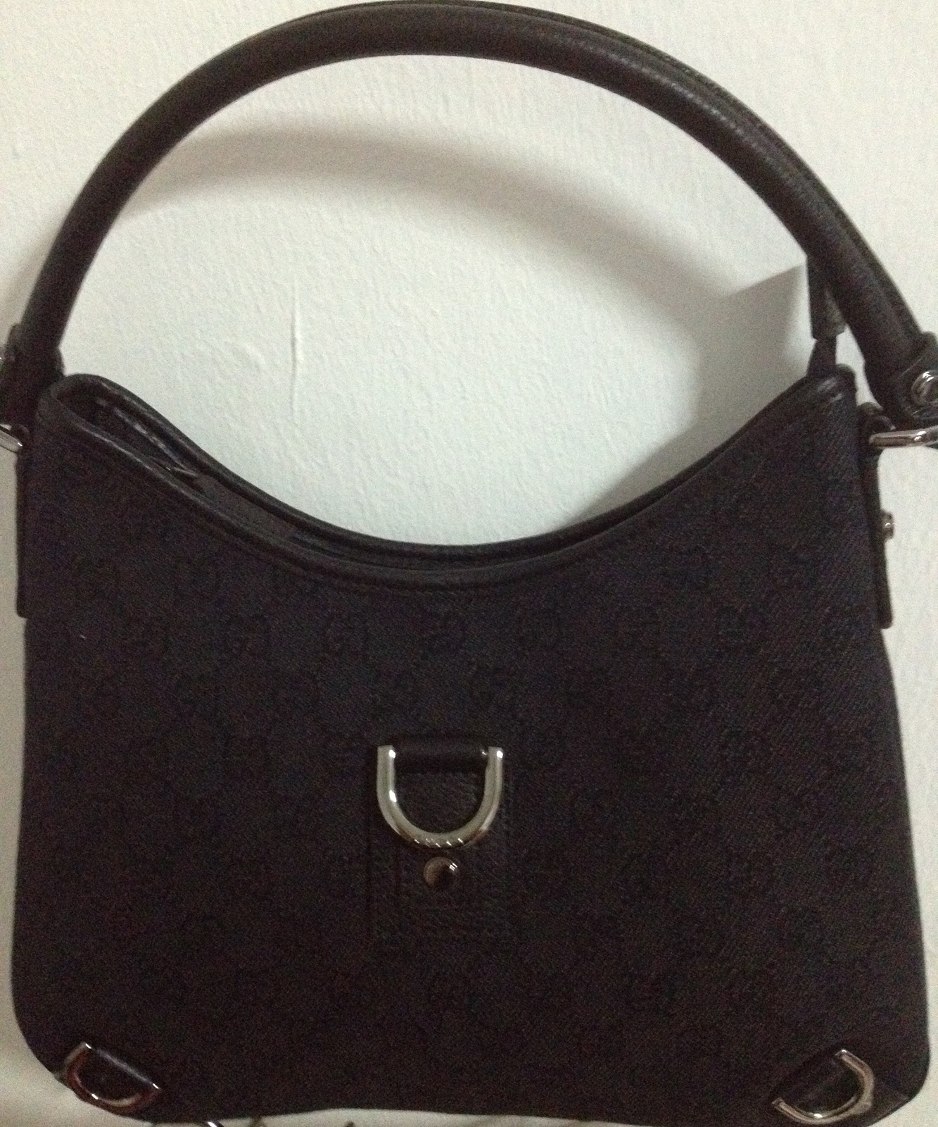 ebe0ab01443b Authentic Branded Bags in Singapore