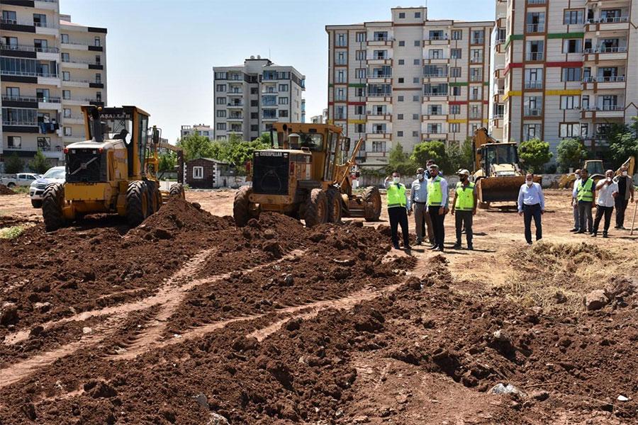 diyarbakir-bagcilarda-cok-amacli-park-insa-edilmeye-baslandi