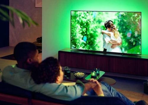Philips OLED TV met ambilight
