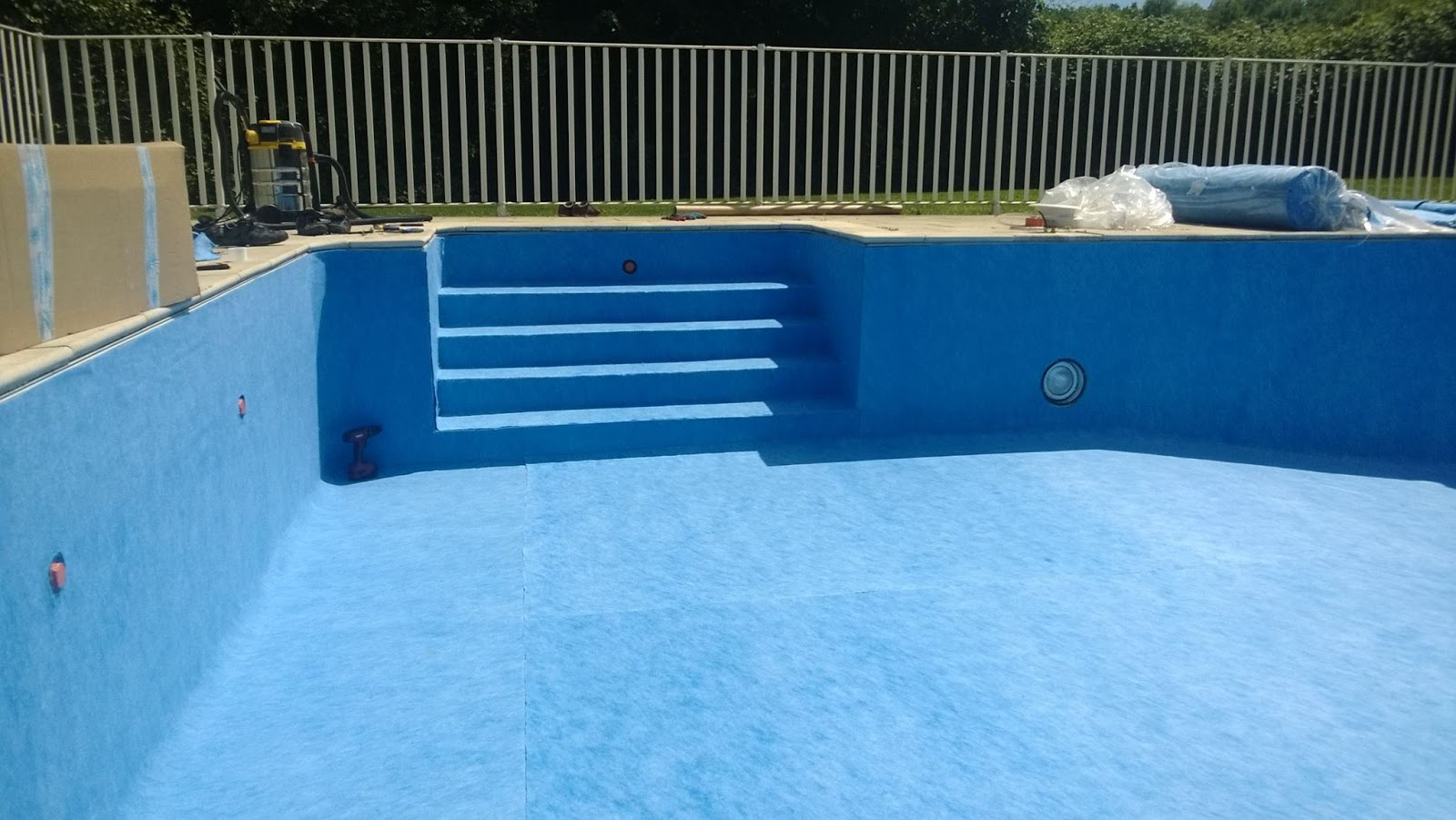 Piscine plaisirs for Devis changement liner piscine