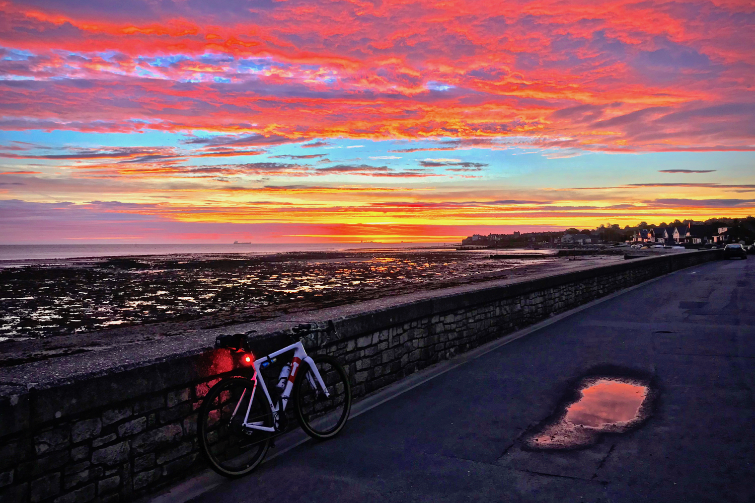Tim Wiggins Gravel Cycling Isle of Wight Seaview Duver