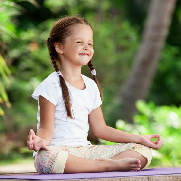 Thiền niệm Phật thư giãn sẽ mang lại cảm giác thoải mái cho bé