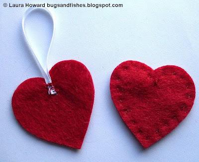 ornament1c - Enfeite coração e estrela de feltro