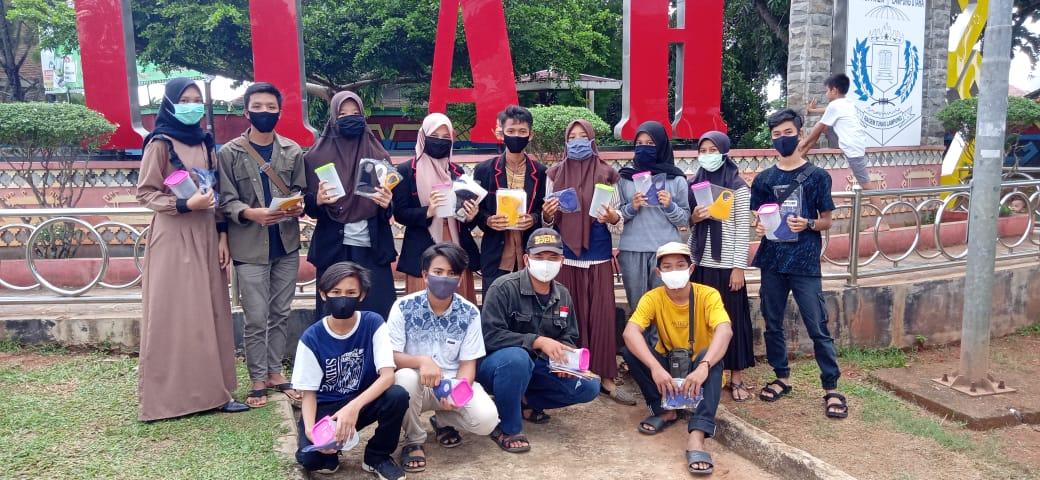 Peringati Hari Pancasila, OSIS MAN 1 Lampura  Lakukan Pembagian Masker dan Sosialiasi Pemakaian Tumbler