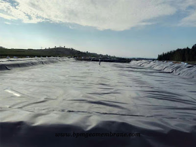 smooth geomembrane hdpe pond liner in Sri Lanka