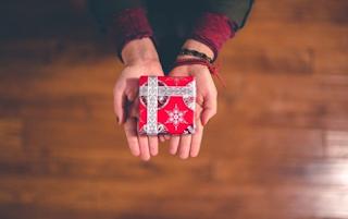 Tips untuk Mempersonalisasi Voucher Hadiah Online Anda