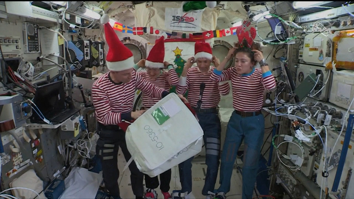 Astronauts Celebrating Christmas From Space