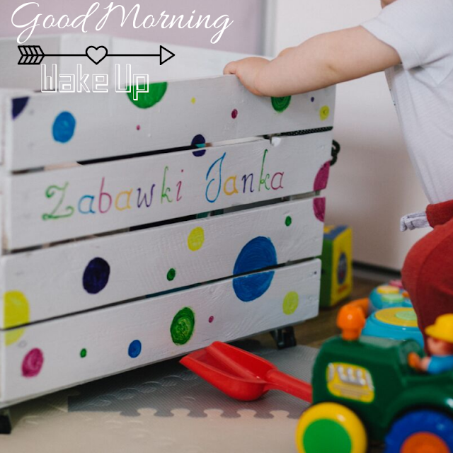 happy reading and standing Baby Good Morning Images
