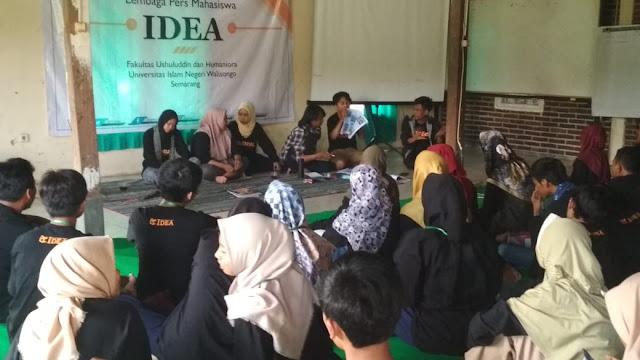 contoh foto kegiatan jurnalistik kampus uin walisongo