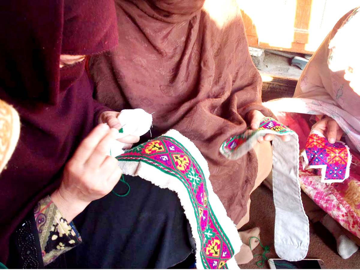 Female dweller of #Chitral getting embroidery training at a center established by Snow Leopard Foundation (SLF)