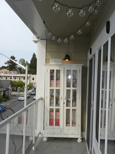 Shabby Chic Balcony - wwwshabbycottageboutique