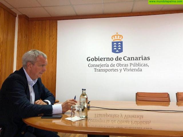 El consejero Sebastián Franquis acuerda la implicación de los colegios de ingenieros y arquitectos para impulsar el plan de reactivación económica de Canarias