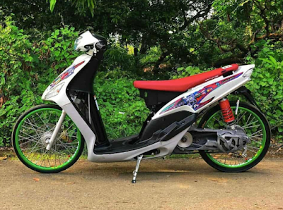 Modifikasi Drag Bike Mio