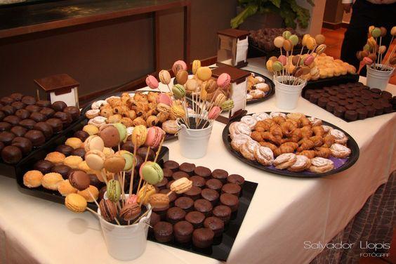 Resopón de dulces para tu boda - Foto: Pinterest