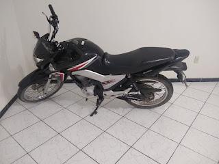 Moto roubada é recuperada por guarnição policial de Cubati