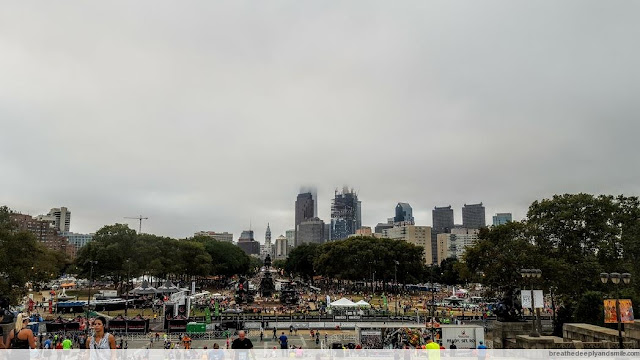 philadelphia-rock-n-roll-half-marathon-2016-race-start