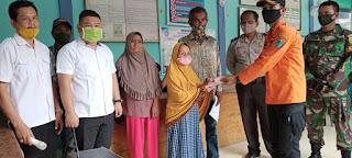 Penyerahan BBT Tahap II Desa Jebak Didampingi Bhabinkamtibmas dan Babinsa.