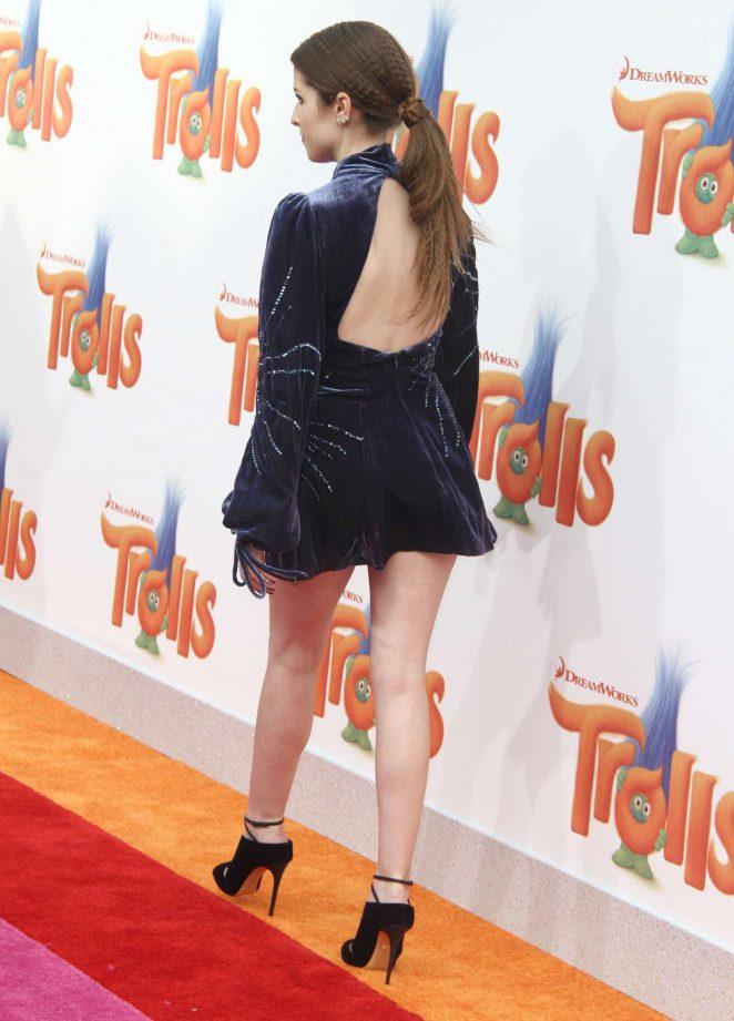 Anna Kendrick – 'Trolls' Premiere in Los Angeles
