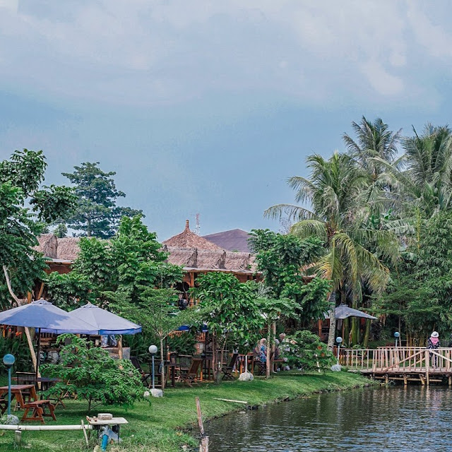 Saung Berkah Resto Cibinong - Review Harga Menu, Daya Tarik dan Alamat
