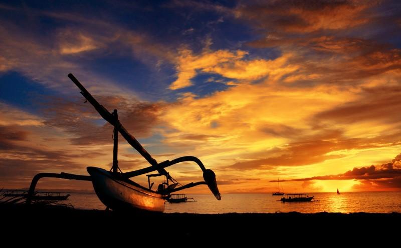 Tempat Wisata Paling Romantis Di Lombok Taman Bermain Eva