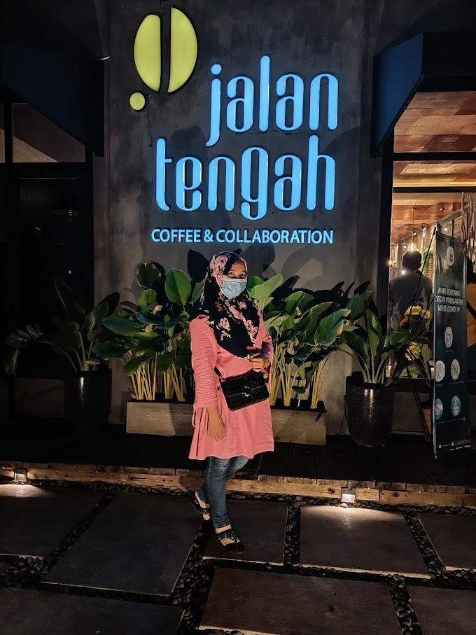 JALAN TENGAH CAFE, PASURUAN JAWA TIMUR