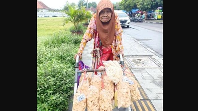 Wajib Sertifikasi Halal Dimulai, Termasuk Pedagang Kaki Lima