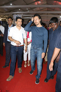 Tiger Shroff Launches Mumbai International Motor Show 2017 007.JPG