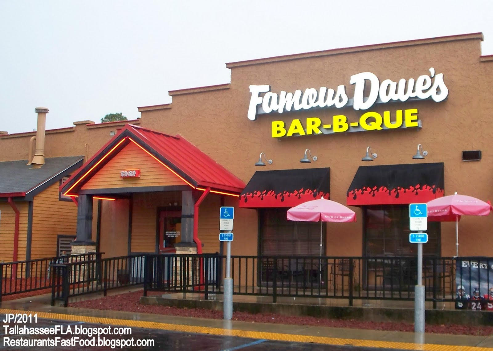Closed Famous Dave S Bar B Que Tee Florida Entrance Bbq Barbecue Restaurant Fl