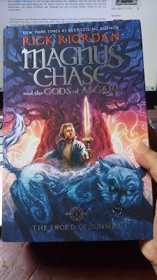 Novel Bahasa Inggris Magnus Chase