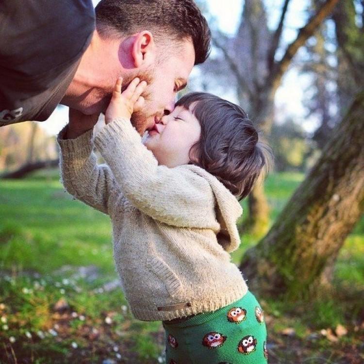 Красивая история знакомства мамы и папы