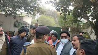 लालू यादव के आवास पर सचिवालय थाने की पुलिस एवं सुरक्षाकर्मियों के बीच विवाद, हंगामा