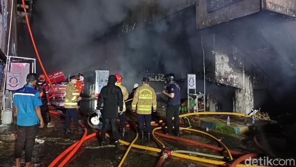 2 Pasar di DKI Dilalap Api Selang 4 Hari, Lemahnya Proteksi Kebakaran Disorot