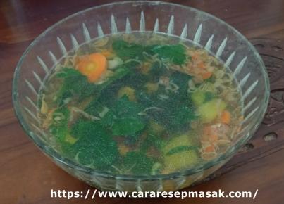 Resep dan Cara Masak Sayur Bening Daun Katuk Bumbu Kencur