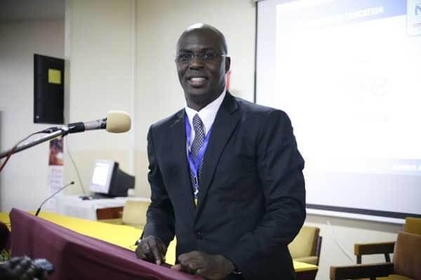 Siku Njema, Kidagaa Kimemwozea author Professor Ken Walibora