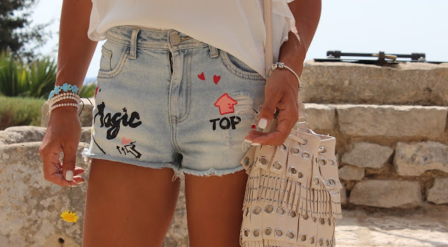 outfit, shorts, magic, top