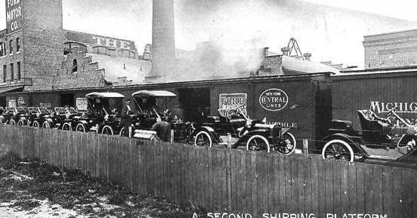 Industrial history ford and studebaker plants in detroit for Ford motor company history background