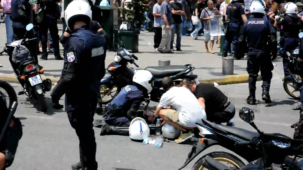 Δολοφονική επίθεση «πρόσφυγα» σε αστυνομικό της ομάδας ΔΙΑΣ - Το έκρυψαν τα ΜΜΕ